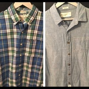 Two Abercrombie & Fitch men's small button ups